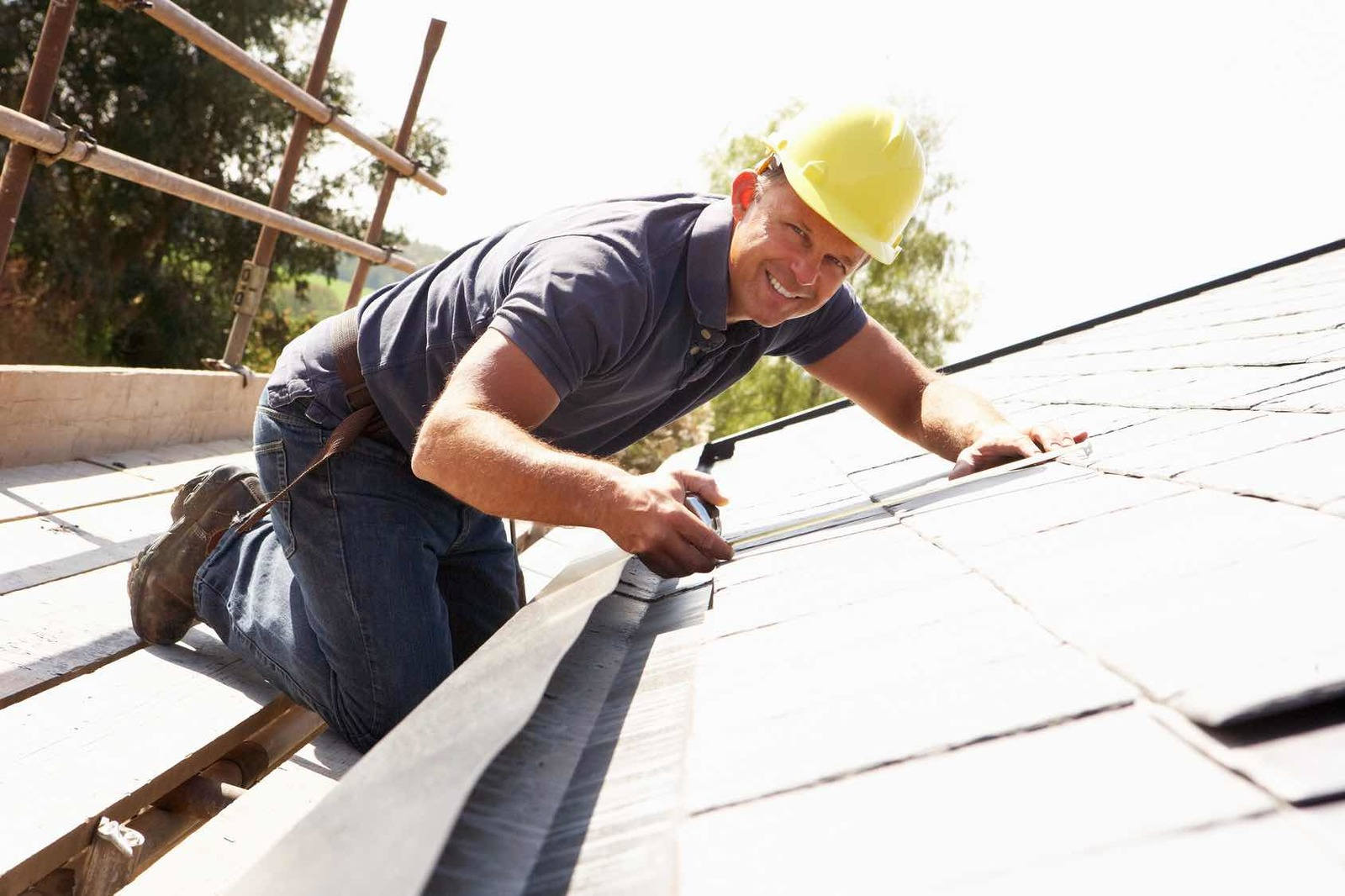 Roof replacement contractor metro Vancouver